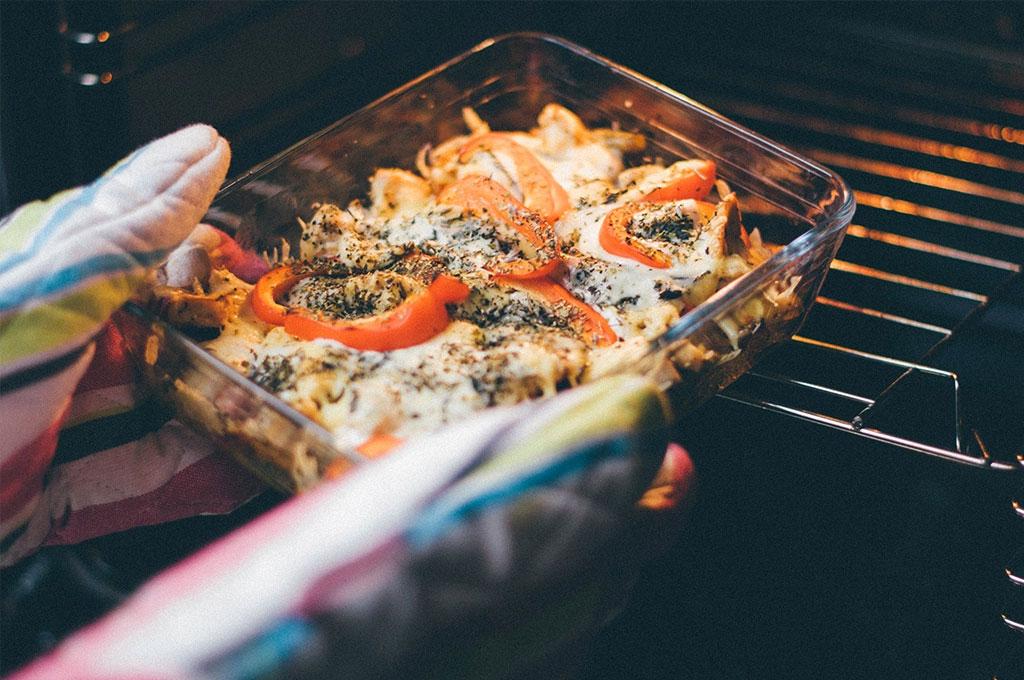 Consejos para cocinar con el horno Vitrokitchen
